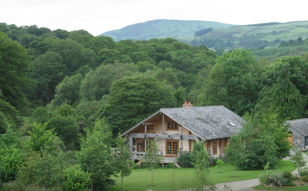 Irish Log Cabin